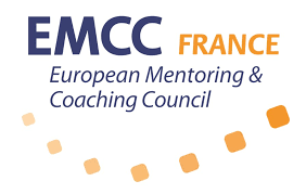Adkoe est membre de l'EMCC France, Conseil international du Coaching, du Mentorat, de la Supervision et de la Médiation